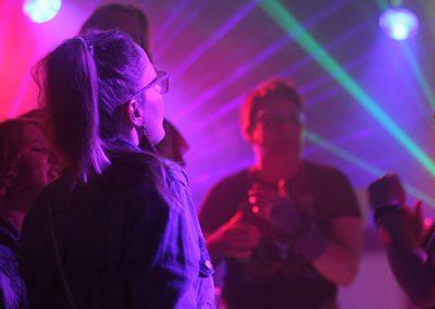 Themafeest 80s 90s feest dansen disco lichten lampen