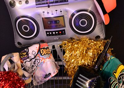 Themafeest 80s 90s verkleedkist verkleden thema disco
