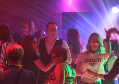 themafeest 80s 90s dansen feest personeelfeest