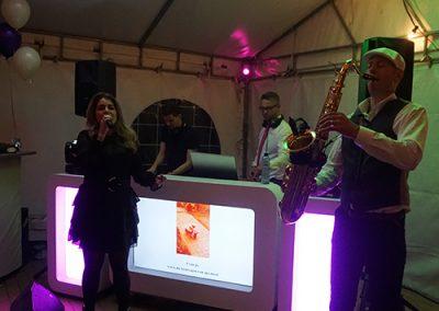 Bruiloft Skyfly dj saxofonist zangeres